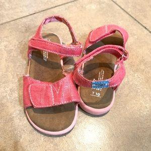 🍉 Watermelon TOMS Velcro strap sandals size 10